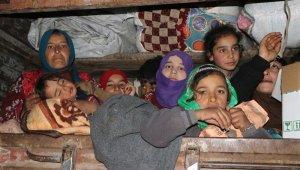 561 insani yardım tırı İdlip'e ulaştı