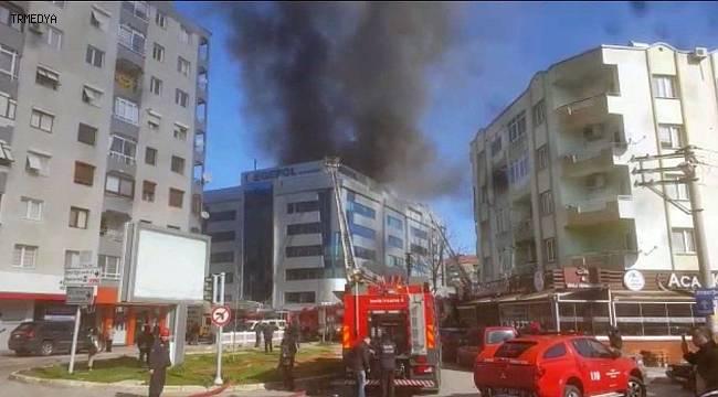 İzmir'de Hastahane Yandı!