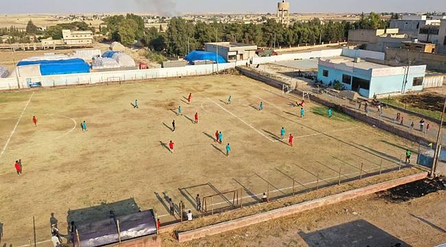 Teröristlerin gezdiği sahalarda artık halk top oynuyor