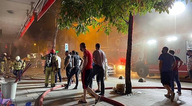 Bağcılar'da aynı cadde üzerinde iki farklı yangın