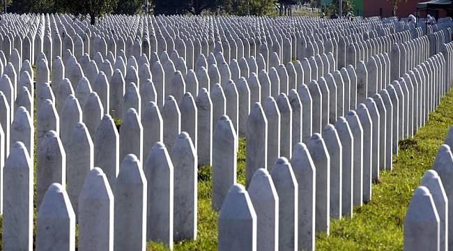 Srebrenitsa soykırımının 9 kurbanı toprağa verildi