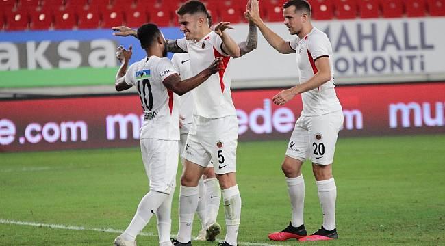 Süper Lig: Göztepe: 1 - Gençlerbirliği: 3