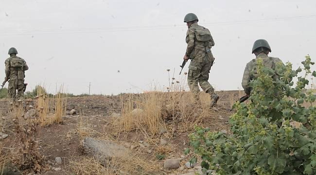 Barış Pınarı bölgesine sızmaya çalışan 1 PKKYPG'li terörist etkisiz hale getirildi
