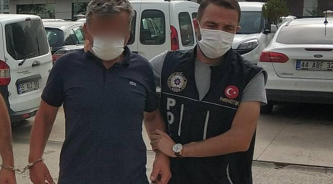 """Uyuşturucu ticaretinden tutuklanan zanlı: """"Salataya katmak için kullanıyordum"""""""