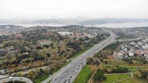 15 Temmuz Şehitler Köprüsü'ndeki trafik yoğunluğu havadan görüntülendi