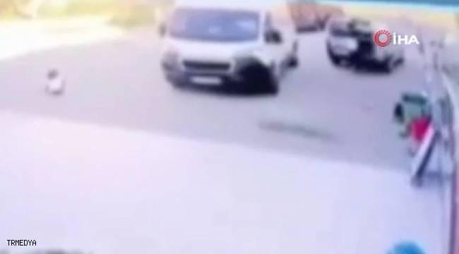 Kedi severken aracın altında kalan çocuk hayatını kaybetti